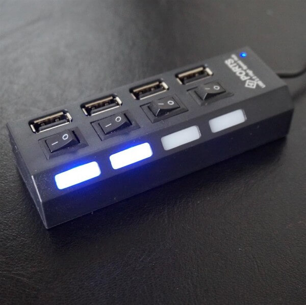 4 Port USB Hub - einzeln schaltbare Ports